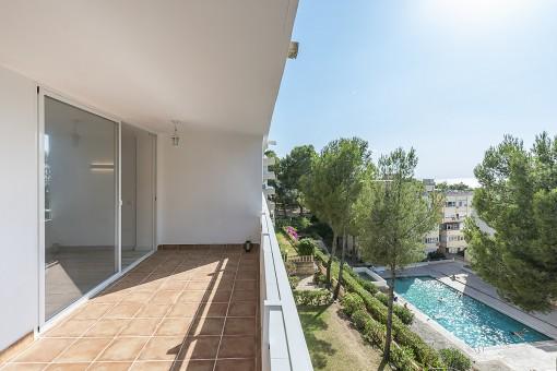 Neu renovierte Wohnung fußläufig vom Strand entfernt in Santa Ponsa