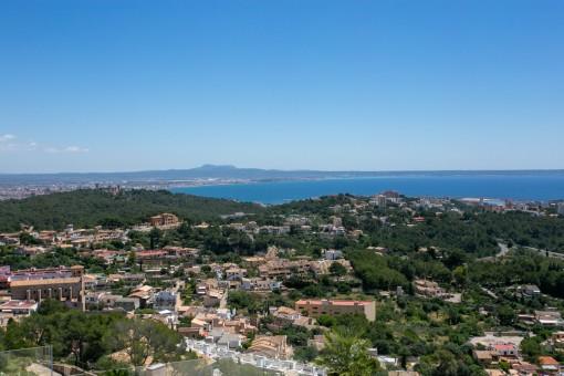 Luxuriöses Neubau-Duplex-Penthouse in Genova mit gigantischen Blick übers Meer und Palma