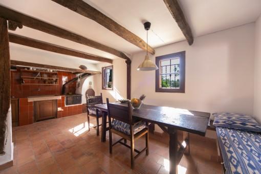 Alte, typisch mallorquinische Küche