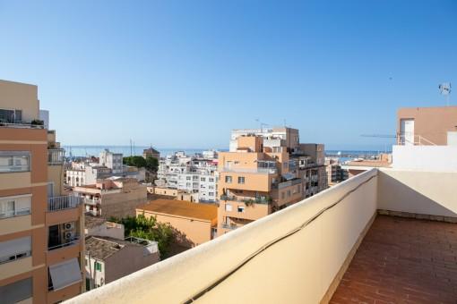 Modernes, zeitgemäßes Meerblick Appartement direkt am angesagten Santa Catalina Viertel