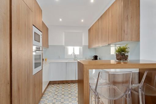 Moderne, große Küche