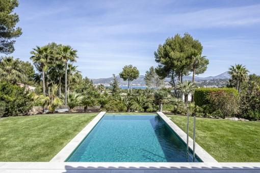 Moderne Villa mit zauberhaften Meerblick in erstklassiger Lage von Santa Ponsa