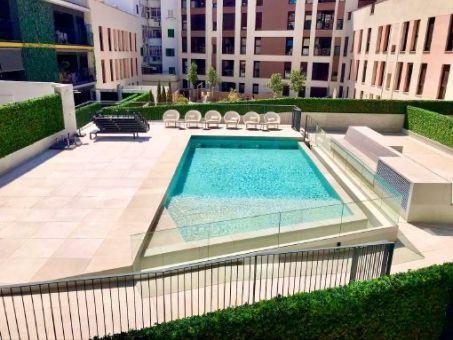 Möbliertes Design-Apartment mit Tiefgaragenstellplatz und Gemeinschaftspool in Palmas Zentrum
