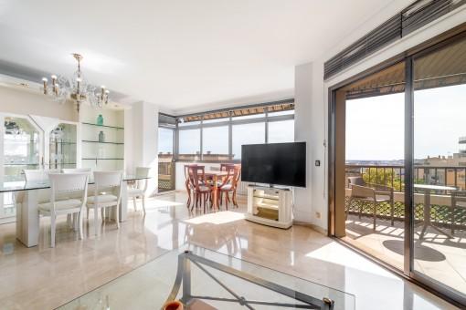 Wohnung in der Nähe von Santa Catalina und dem Gewerbegebiet mit spektakulärem Blick auf die Bucht von Palma