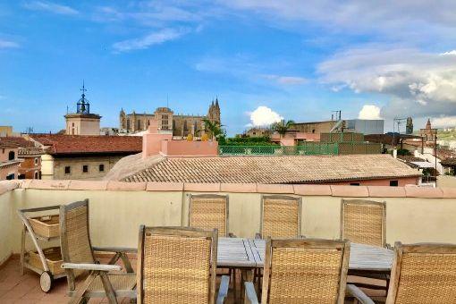 Grundsaniertes Erstbezug-Ático mit Klimaanlage und Gemeinschaftsdachterrasse in Palmas Altstadt