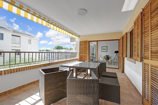 Stilvoll renovierte Wohnung in Strandnähe mit Außenstellplatz in Santa Ponsa