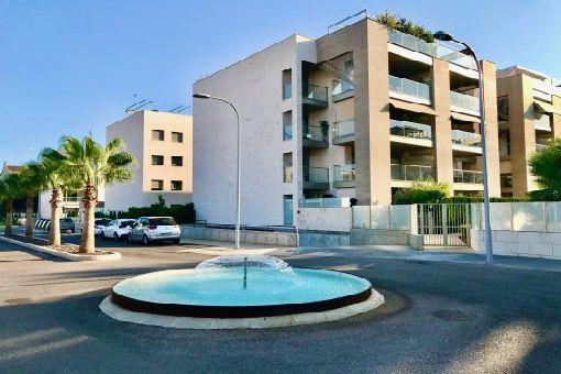Erstbezugs-Penthouse-Apartment mit eigenem Dachterrassen-Pool in hochwertiger und geschlossener Wohnanlage in Palma