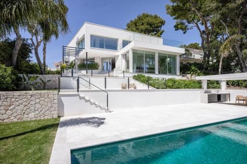 Elegante Designervilla mit fantastischem Meerblick in Costa d'en Blanes