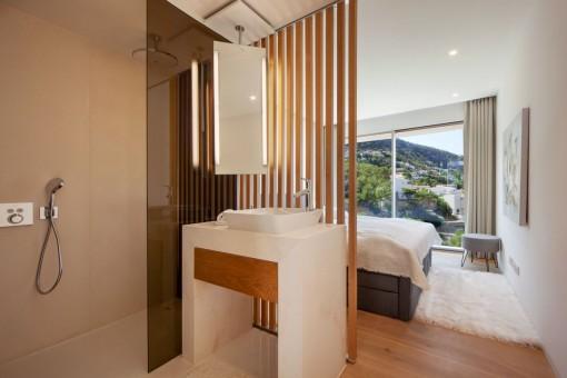 Schlafzimmer / Badezimmer