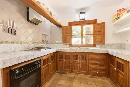 Modene Landhaus-Küche