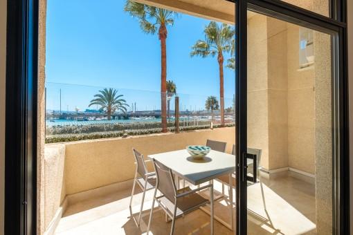 Helle, ruhige Meerblick-Wohnung mit Terrasse in Can Barbara, Palma