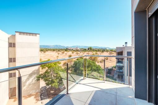 Helle Wohnung mit großer Terrasse mit atemberaubendem Blick auf das Kloster in Son Espases