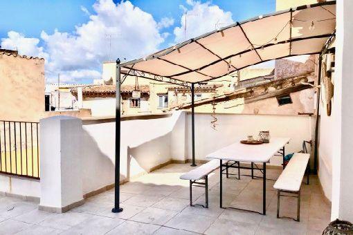 Möbliertes Penthouse-Apartment mit Gaszentralheizung, Klimaanlage und 2 Dachterrassen in Palmas Altstadt