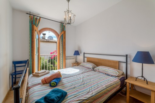 Drittes Schlafzimmer mit Gartenblick