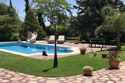 Liebevoll renoviertes Dorfhaus mit grossem Garten und Pool in Ses Olleries/Santa Eugenia