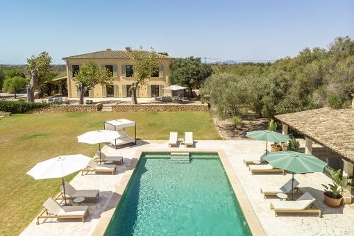 Luxuriöses Fincaanwesen mit eigener Oliven-Plantage und traumhaften Panoramablick in begehrter Lage von Santanyí