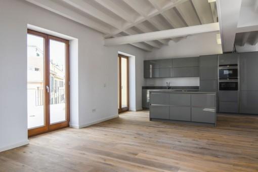 Luxuriöses Duplex Penthaus mit 2 Terrassen, Meerblick und Garage in Palma Altstadt