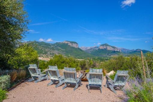 Separater Aussichtspunkt auf die Berge von Alaró