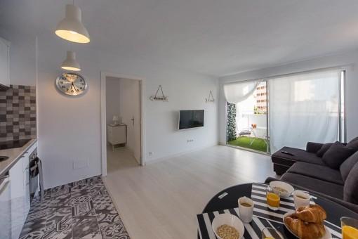 Kleine und gemütliche, kürzlich renovierte Wohnung mit Gemeinschaftspool in Cala Mayor, Palma
