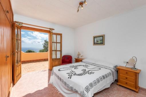 Schlafzimmer mit Meerblick-Terrasse