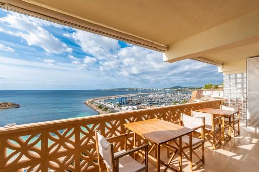 Meerblick-Apartment in Portals Nous mit direktem Strandzugang