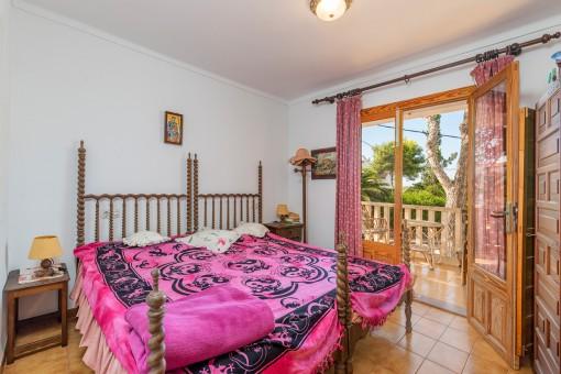 Schlafzimmer mit weiteren Balkon
