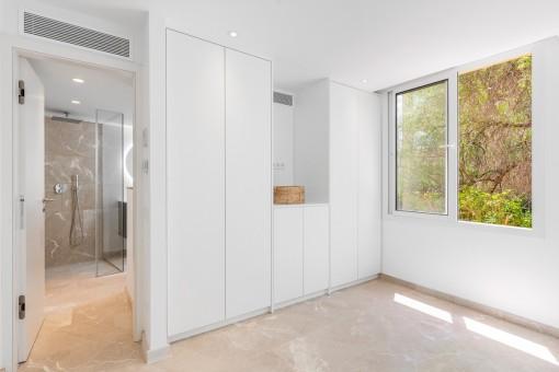 Schafzimmer mit Badezimmer en Suite