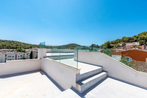 Dachterrasse und Pool