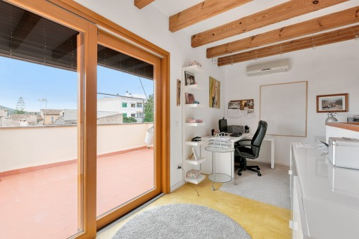Studio im zweiten Stockwerk mit Dachterrasse