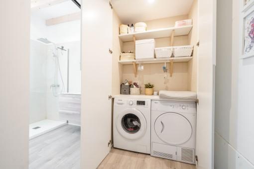 Angrenzende Waschküche