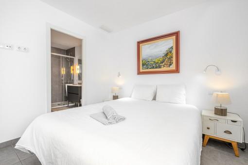 Apartment 1 - Schlafzimmer mit Badezimmer en Suite