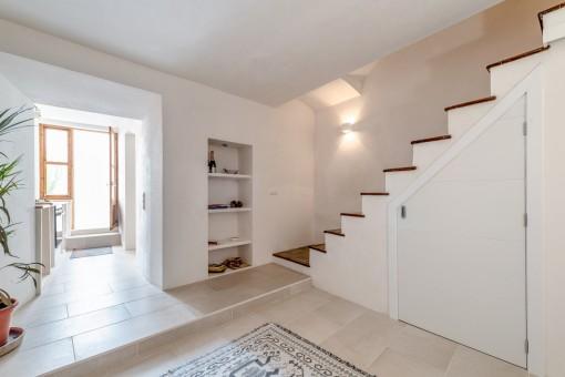 Treppe zur oberen Etage