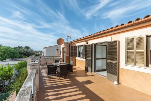 Mallorquinisches Haus mit renovierter Einliegerwohnung nur 500 m vom Meer entfernt in Sa Rapita