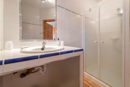 Duschbadezimmer en Suite