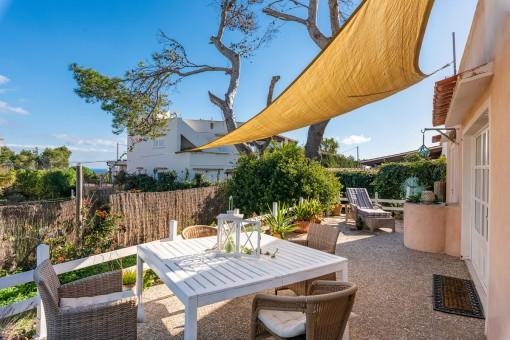 Bezaubernde Villa in Bestlage, fußläufig zum traumhaften Strand von Cala Llombards mit Ferienvermietlizenz