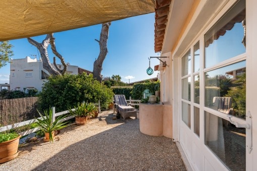 Terrasse mit Zugang zum Haus