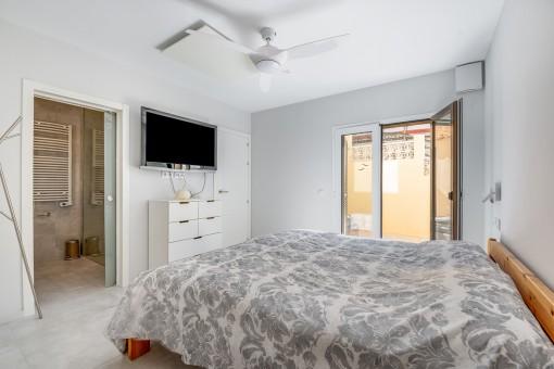Zweites Schlafzimmer mit Terrasse