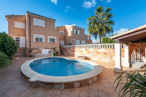 Schönes Haus mit Pool in Las Palmeras