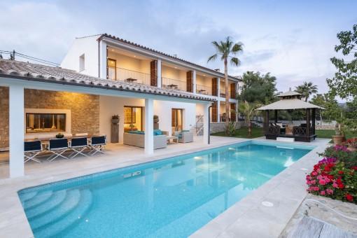Fantastische moderne Villa mit viel Privatsphäre in ruhiger Lage von Calviá