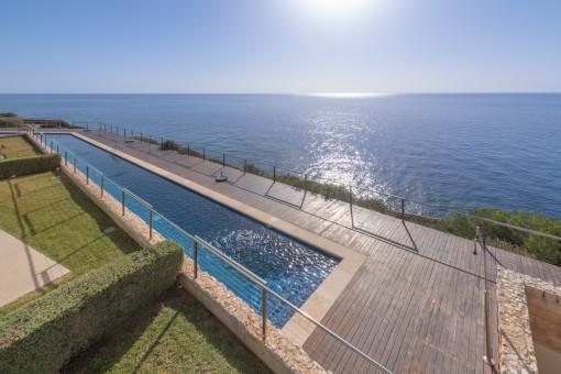 Blick auf den fantastischen Pool