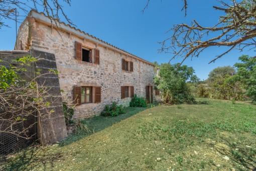 Renovierte historische Finca mit Potential in der Nähe von Son Carriò