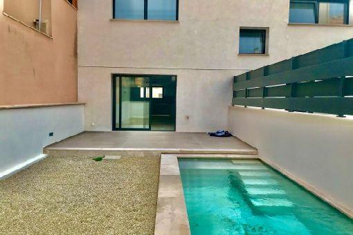 Erstbezug Duplex-Apartment mit eigenem Schwimmbad in zentraler Stadtlage in Palma