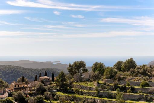 Bezauberndes Haus mit Charakter und spektakulärem Ausblick zu den Bergen und über das Meer in Galilea