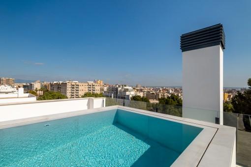 Großes Neubau Penthouse mit privatem Pool auf der Dachterrasse in dem schönen Viertel Son Espanyolet