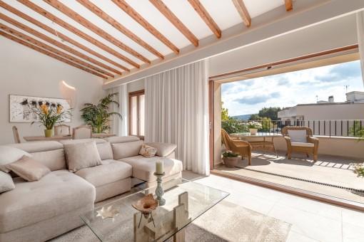 Traumhafte Penthaus-Luxus-Wohnung mit sehr hochwertiger Ausstattung im Herzen von Santa Maria