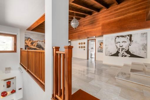 Großzügige Galerie