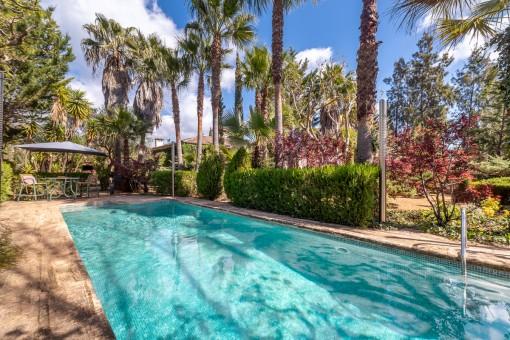 Gemütliche Design-Villa mit traumhaftem Garten in Esporles