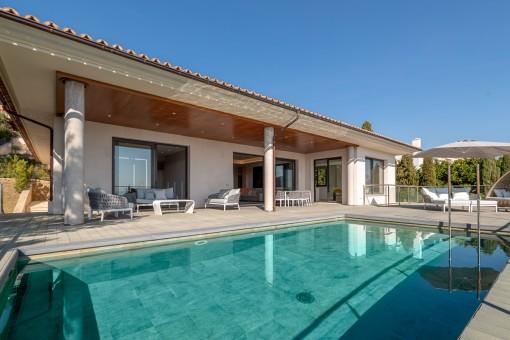 Elegante, barrierefreie Villa zum Erstbezug, Süd-West Ausrichtung und schönem Blick auf den Golfplatz in Son Vida