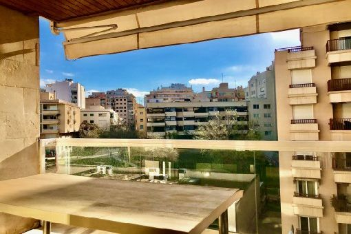 Möbliertes Apartment mit Gaszentralheizung, Balkon und 2 Tiefgaragenstellplätze in zentraler Wohnlage in Palma