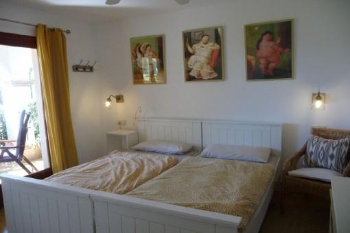 Schlafzimmer mit Terrassenuzugang